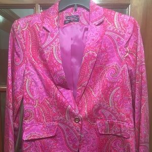 Pink paisley fitted blazer, gold buttons and lined